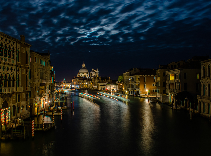 Veneza by Night