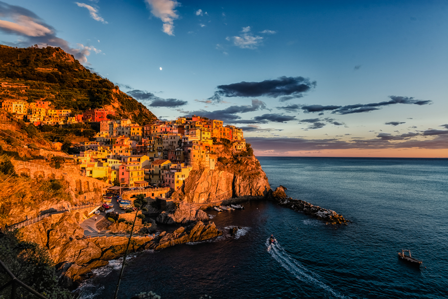 Manarola ao Pôr do Sol